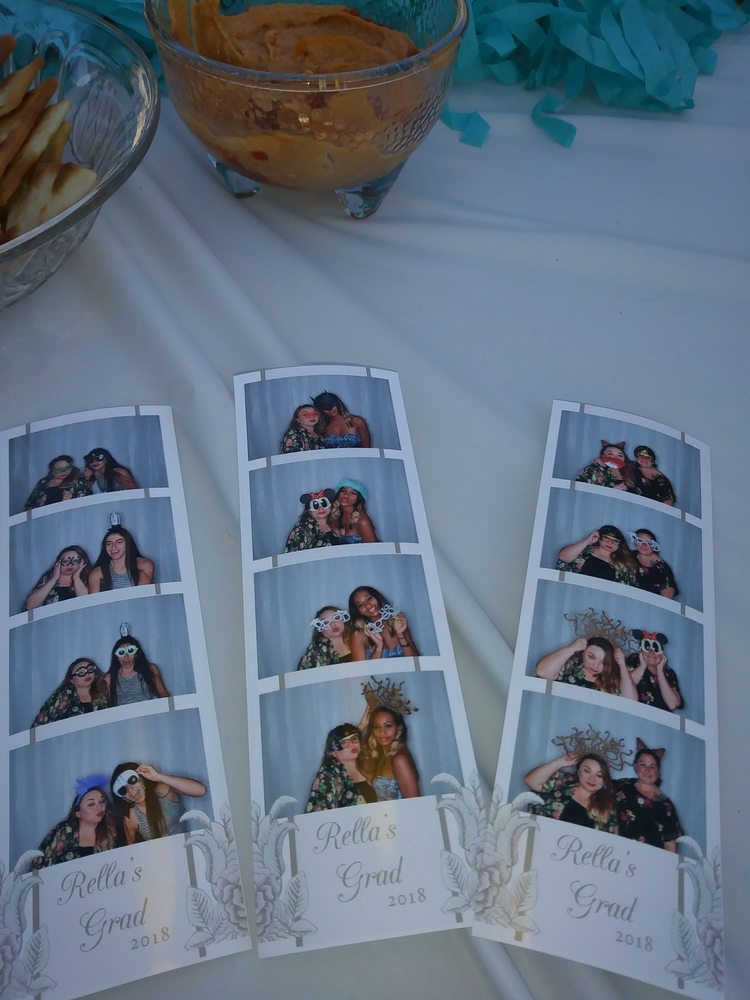Clementine Photo Booths
