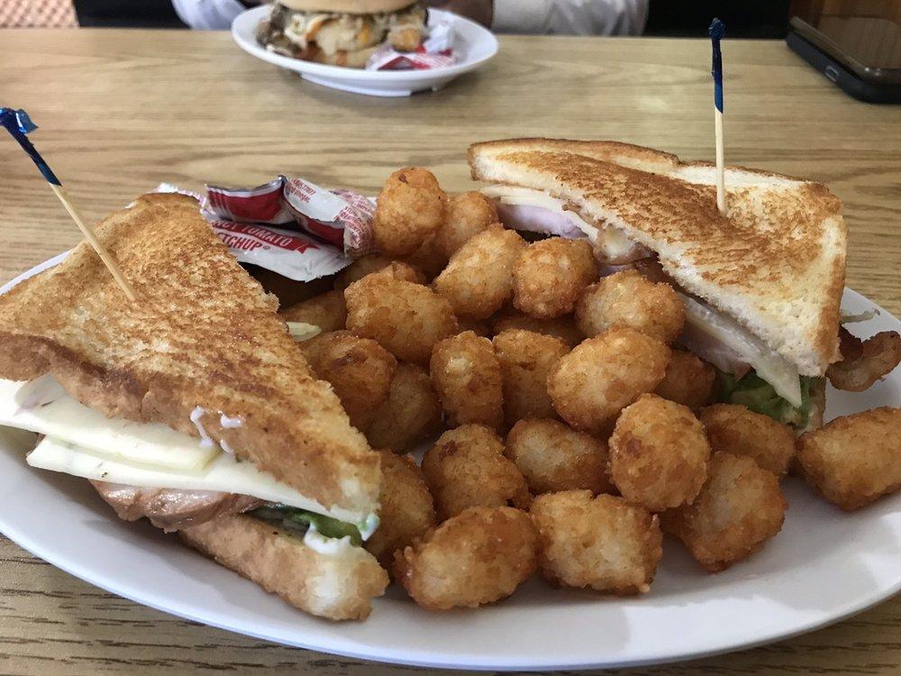 Hurley House Cafe: 92 S Maple St, Hazen, AR
