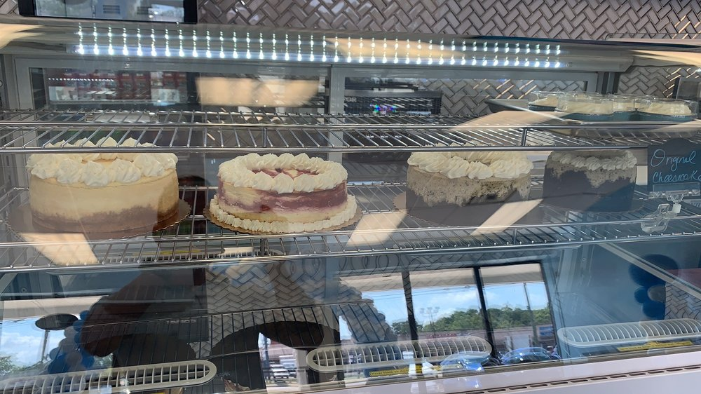 Holston's Baking: 922 St Rt 28, Milford, OH