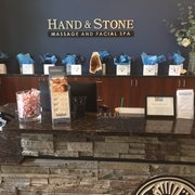Hand And Stone Raleigh >> Hand Stone Massage And Facial Spa 25 Photos 25 Reviews