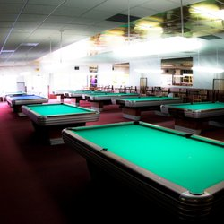 The Cue Ball Reviews Pool Halls State St Salem OR - Cue master pool table