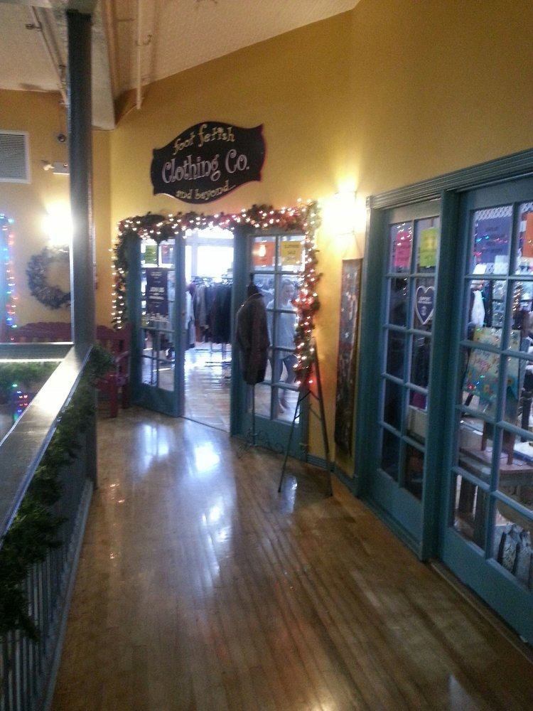 Foot Fetish: 3250 Gateway Blvd, Prescott, AZ