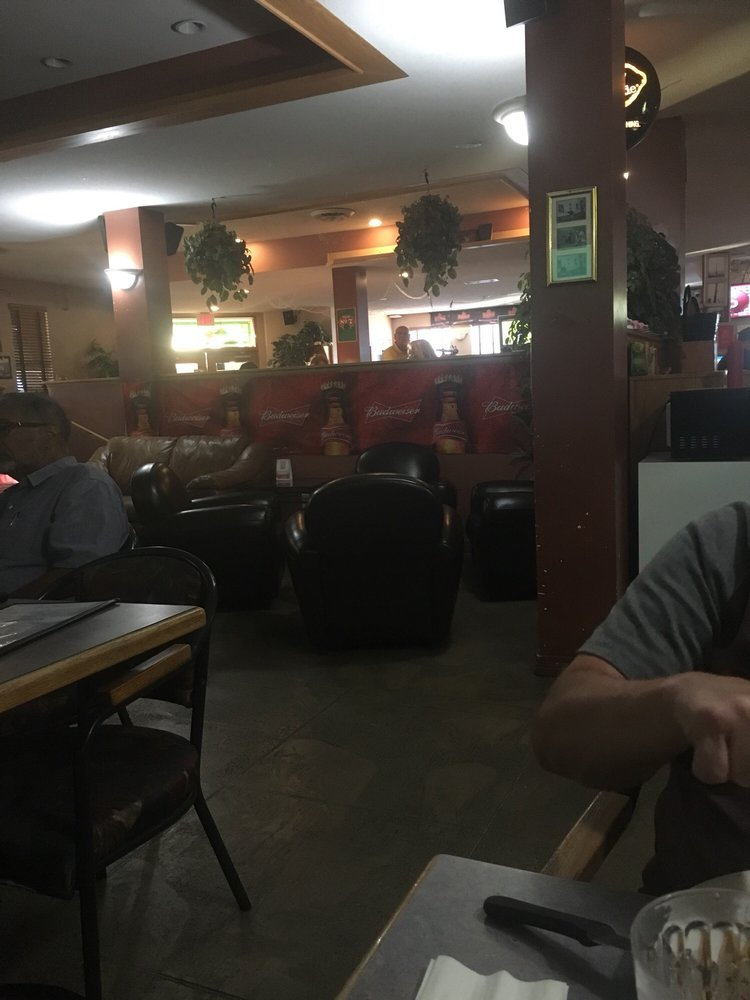 Clyde's Pub: 7248 2nd Street, Grand Forks, BC