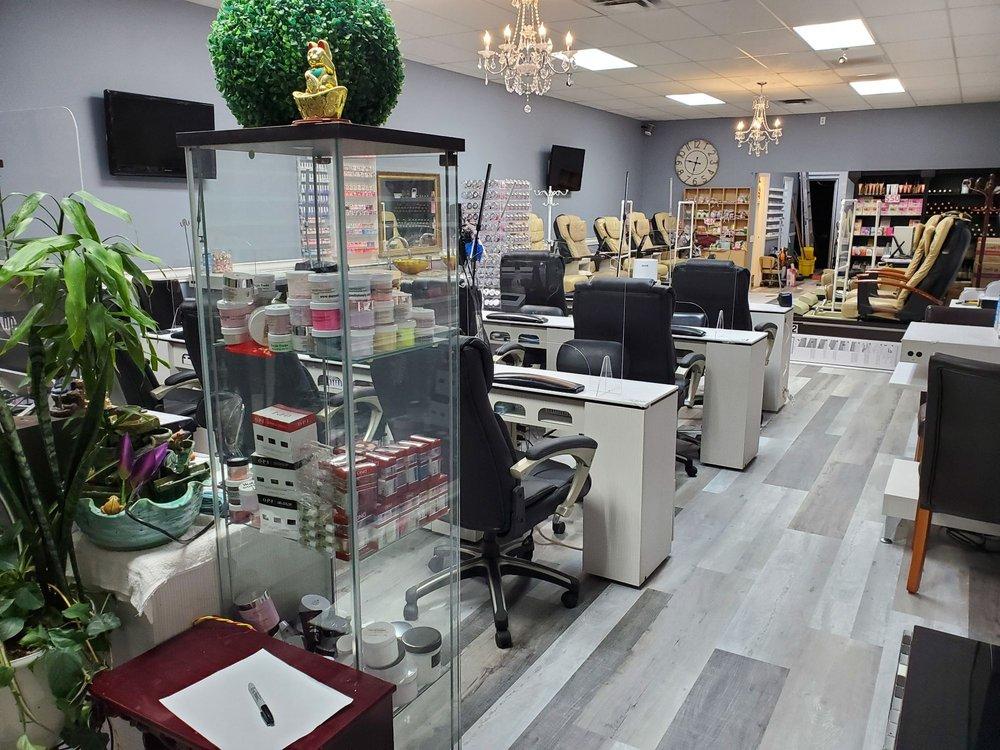Nice Nails: 487 Jackson St, Newnan, GA