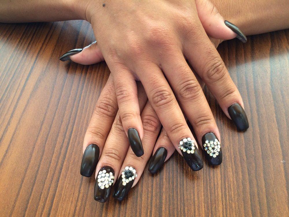 Cache Nails & Spa - 45 Photos & 34 Reviews - Nail Salons - 9945 ...