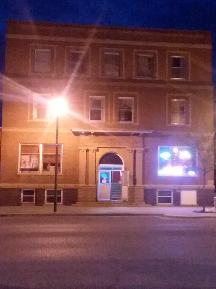 Sheridan Lounge: 201 N Main St, Gordon, NE
