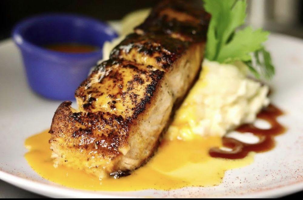 Casa Mia Latin Kitchen: 2040 Goshen Tpke, Middletown, NY