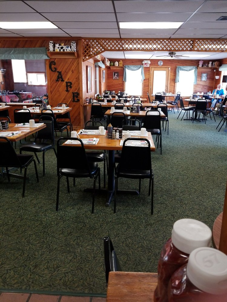 Irons Cafe: 5408 W 10 1/2 Mile Rd, Irons, MI