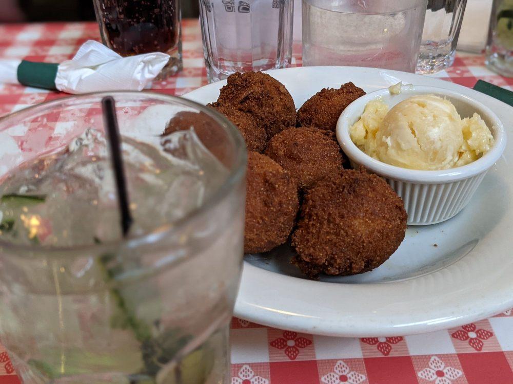Hattie's Restaurant: 45 Phila St, Saratoga Springs, NY