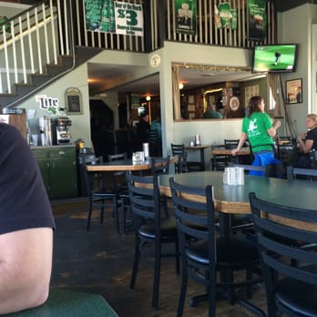Colonial Tavern Home To The Irish Brigade 40 Photos Amp 70 Reviews Pubs 406 Lafayette Blvd