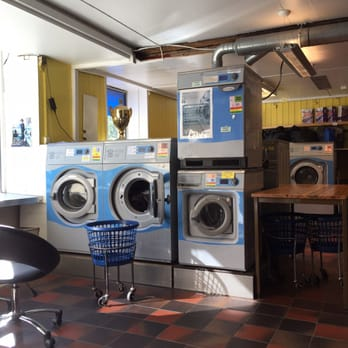 Vask rens laundromat ullevlsveien 13 st hanshaugen oslo photo of vask rens oslo norway help yourself to any available machine solutioingenieria