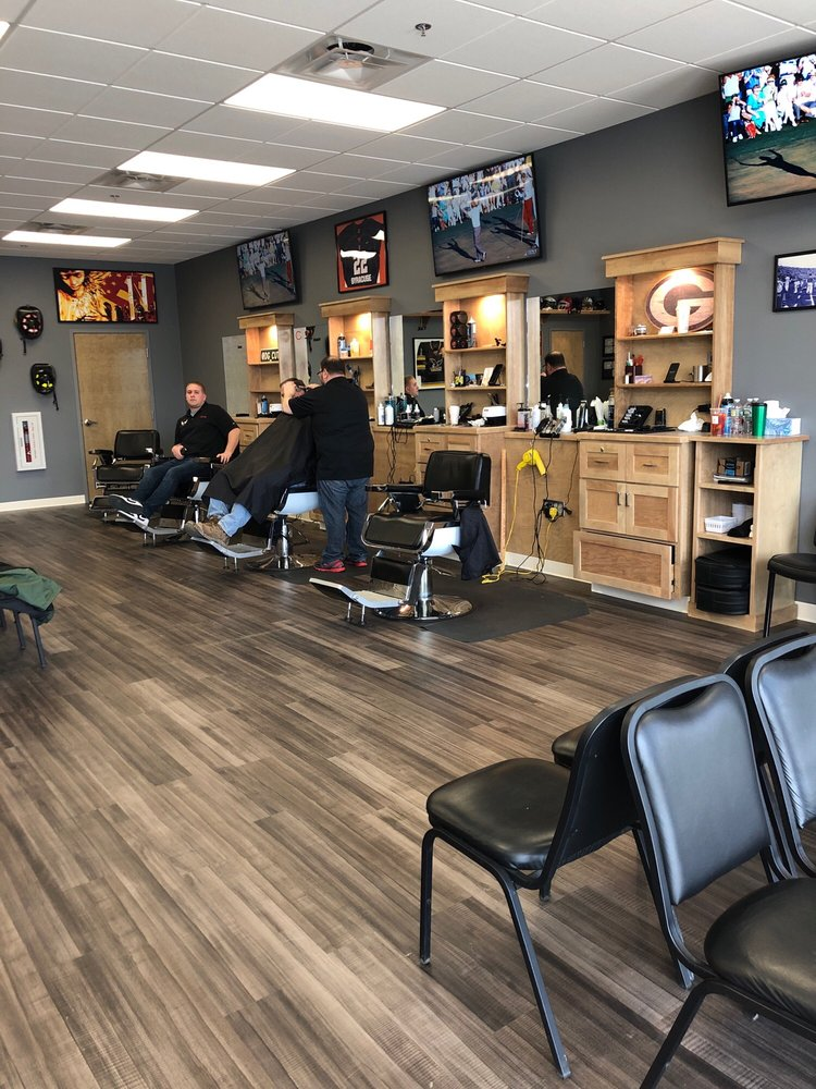 Shoppingtown Barber Shop: 7039 Manlius Center Rd, East Syracuse, NY