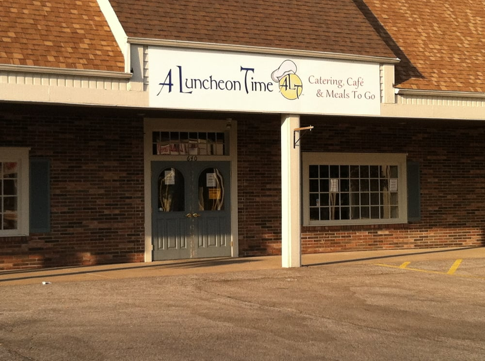 A Luncheon Time: 640 Dover Center Rd, Bay Village, OH
