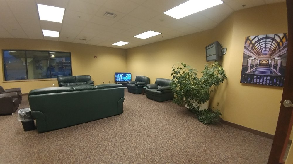 Sleeping Giant Business Center