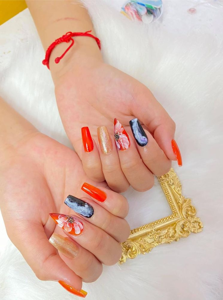 House of Gelish nail: 2443 Bardstown Rd, Louisville, KY