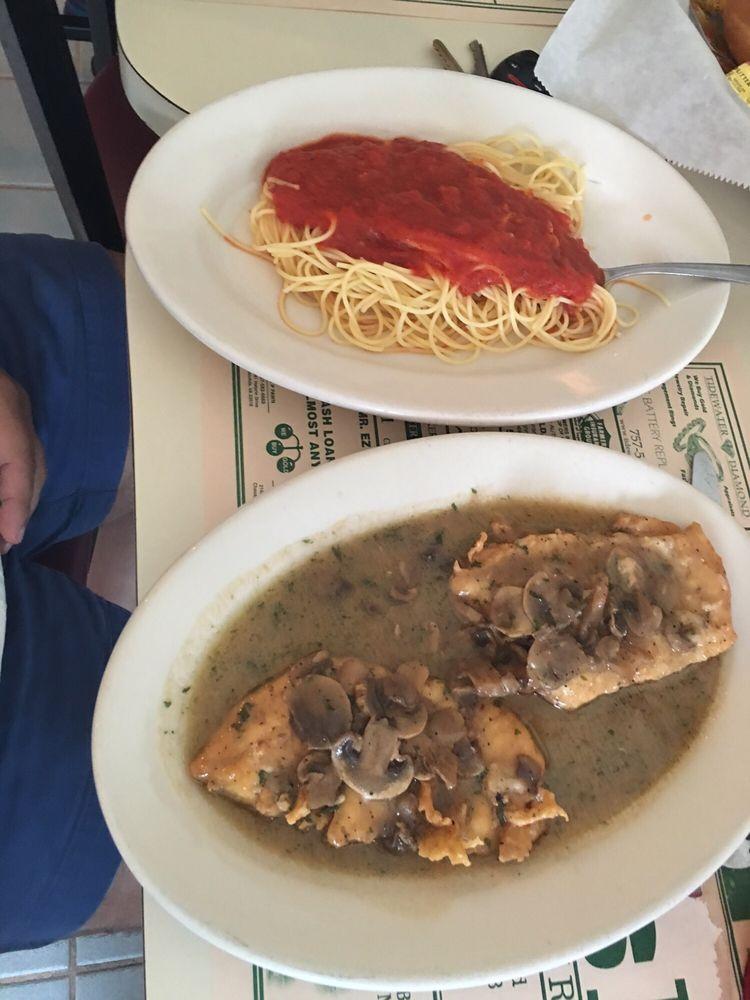 Frank's II Italian Restaurant & Pizza: 200 Battlefield Blvd N, Chesapeake, VA