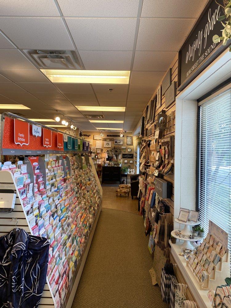Immanuel Christian Bookstore: 6911 Braddock Rd, Springfield, VA