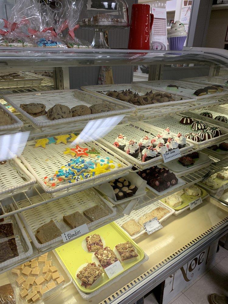 Paper Street Bakery: 9 W Union St, Liberty, IN