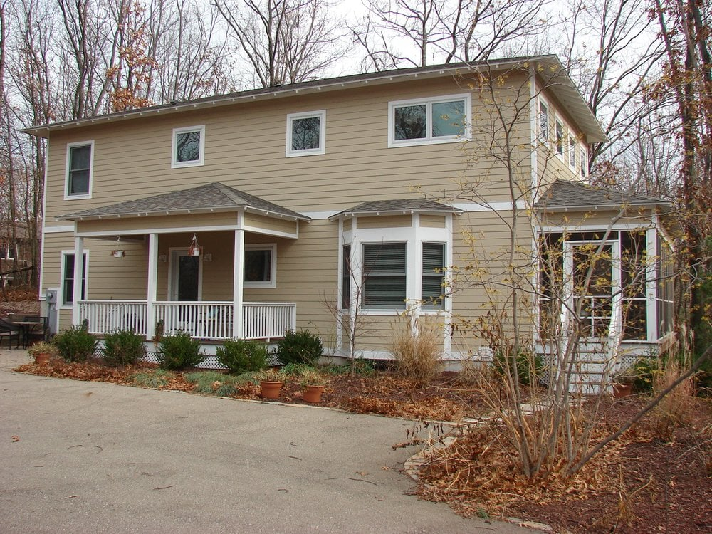Rubloff Vacation Rentals: 439 S Whittaker St, New Buffalo, MI