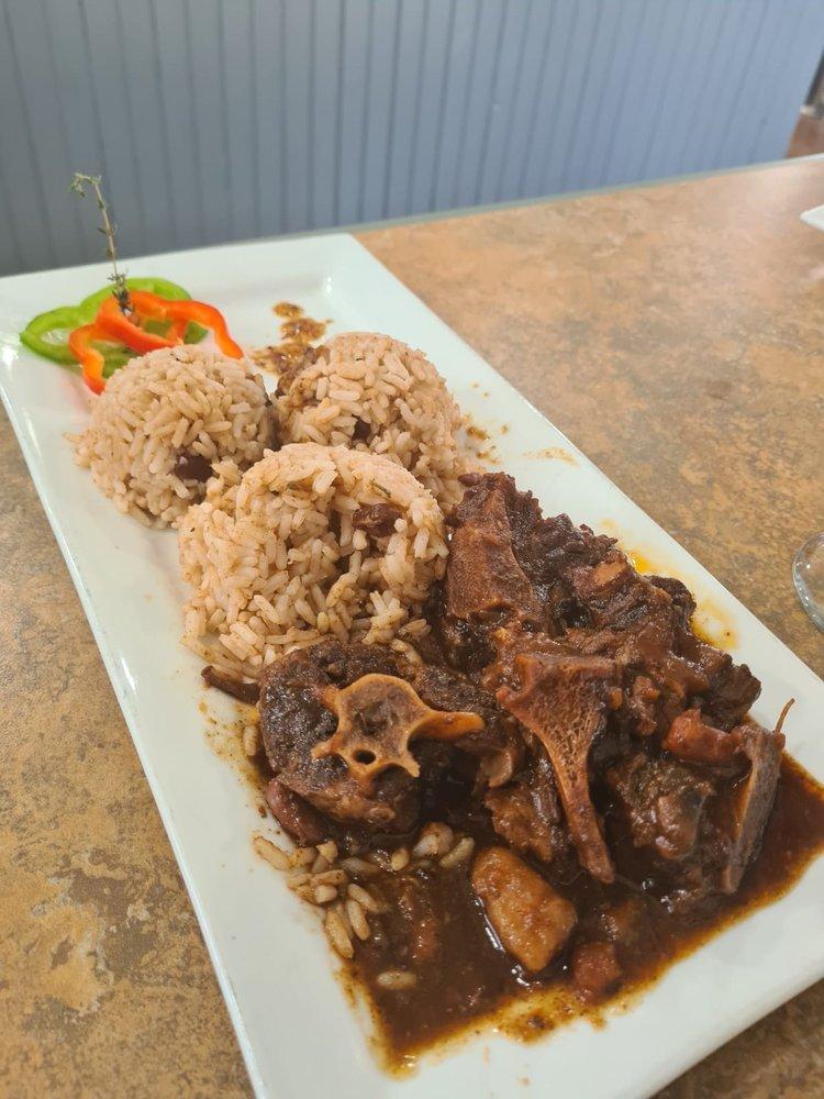 Mr Mack Island Grill: 2400 Okeechobee Blvd, West Palm Beach, FL