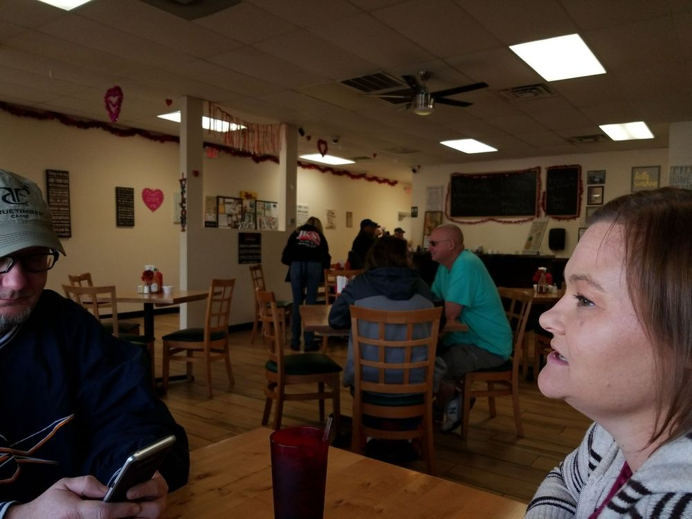 JK's Cafe: 211 NW 1st Ave, Mulberry, FL