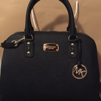99bfd5820ae2 Michael Kors Outlet - 15 Photos   11 Reviews - Accessories - 2796 ...