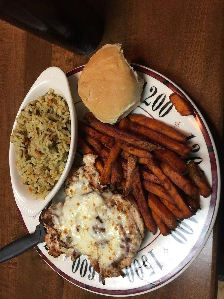 Romer's Restaurant and Spirits: 211 S Detroit St, Lagrange, IN