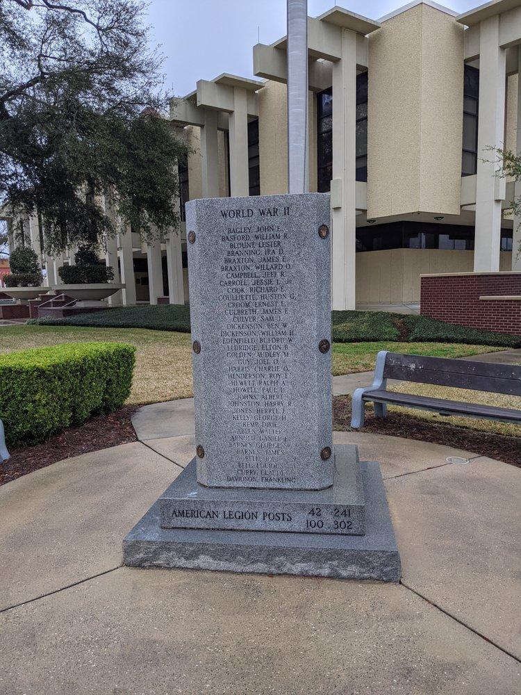 Jackson County Veteran's Memorial: 4419 Lafayette St, Marianna, FL