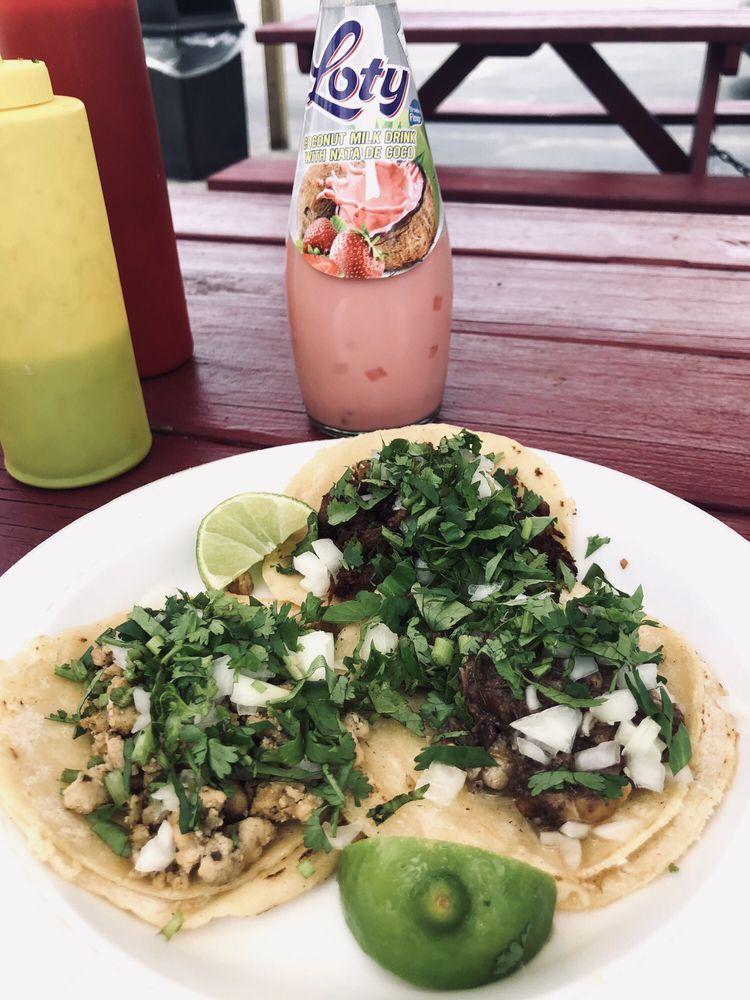 Fiesta Tropical Market: 547 E Bridgers Ave, Auburndale, FL