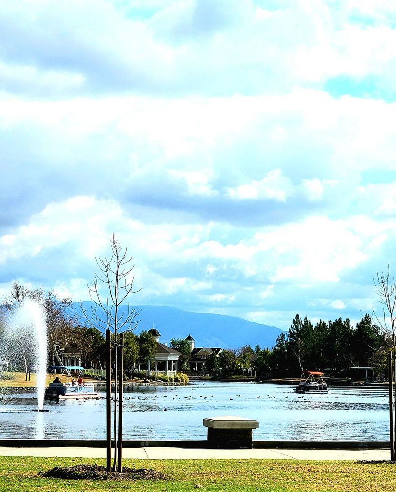 Harveston Lake Park