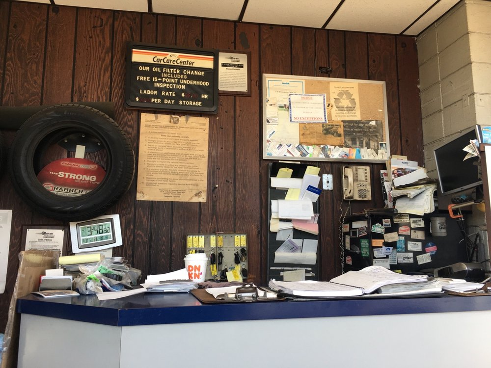 C & R Tire & Automotive Center: 6800 W 63rd St, Chicago, IL