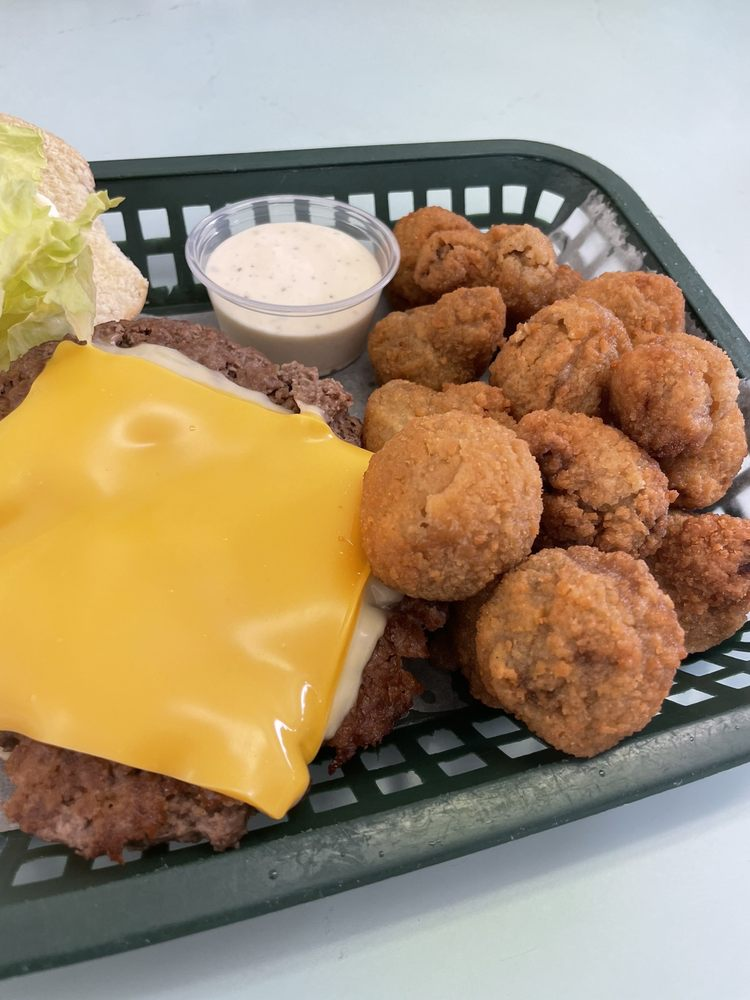Fort Diner: 801 Ave H, Fort Madison, IA