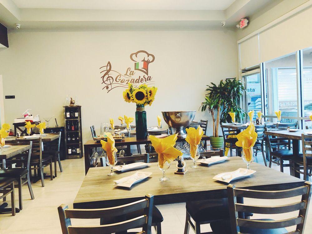 La Gozadera Pizzeria Restaurant: 7844 Coral Way, Miami, FL
