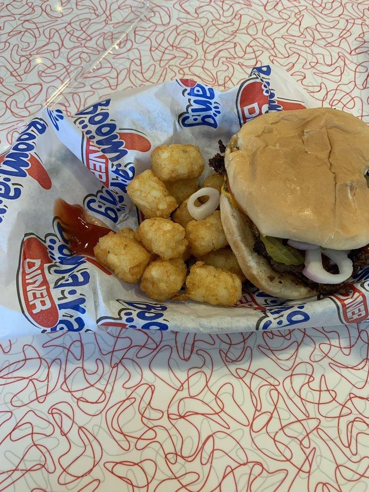 Boomerang Diner: 116 W Frank Phillips Blvd, Bartlesville, OK