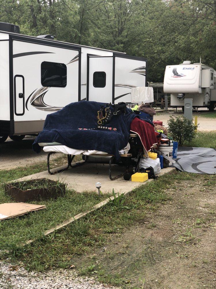 Adventure Bound Camping Resorts: Pleasantview: 12611 Township Rd 218, Van Buren, OH