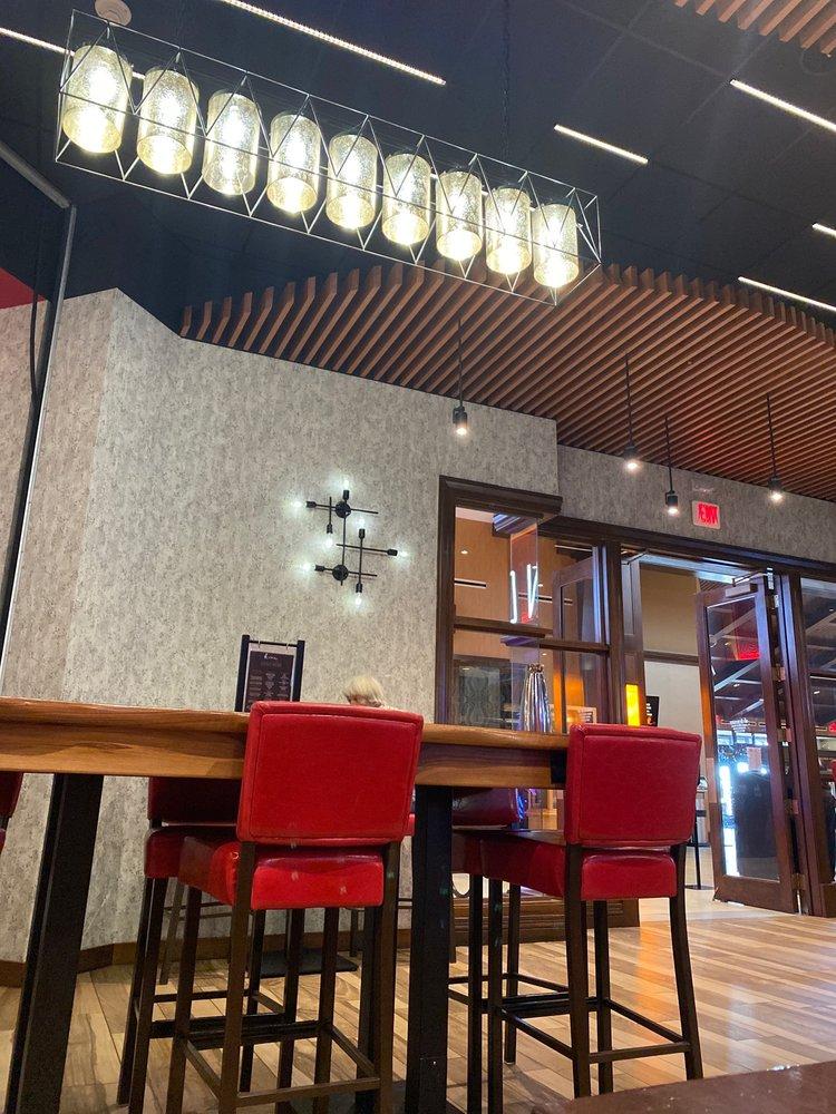 Embers Bar & Grille: 12305 150th Rd, Mayetta, KS