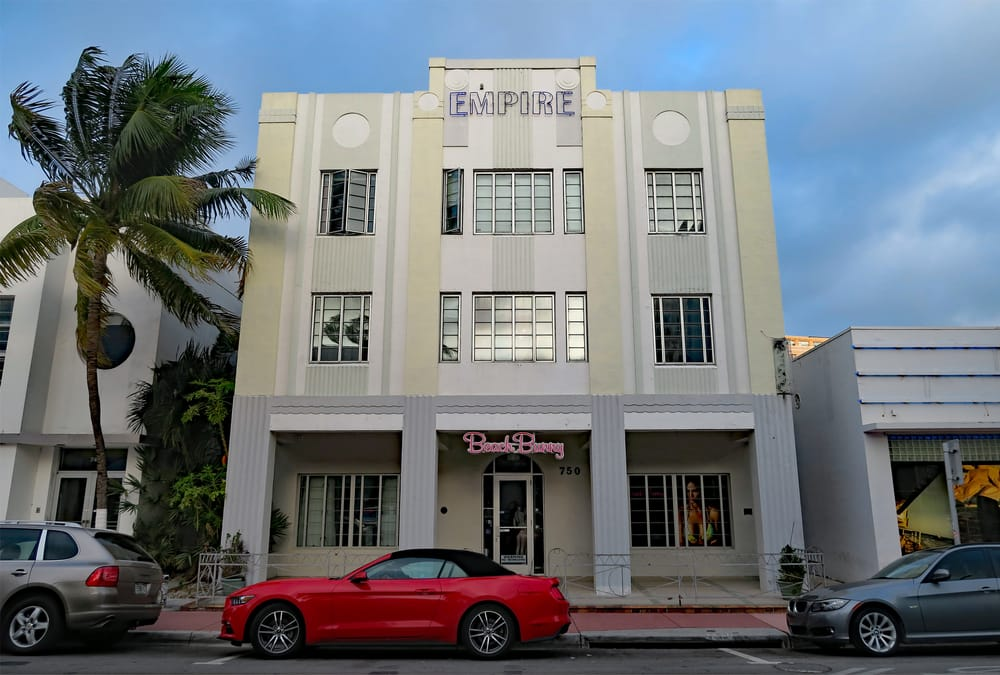 Beach Bunny: 750 Collins Ave, Miami Beach, FL