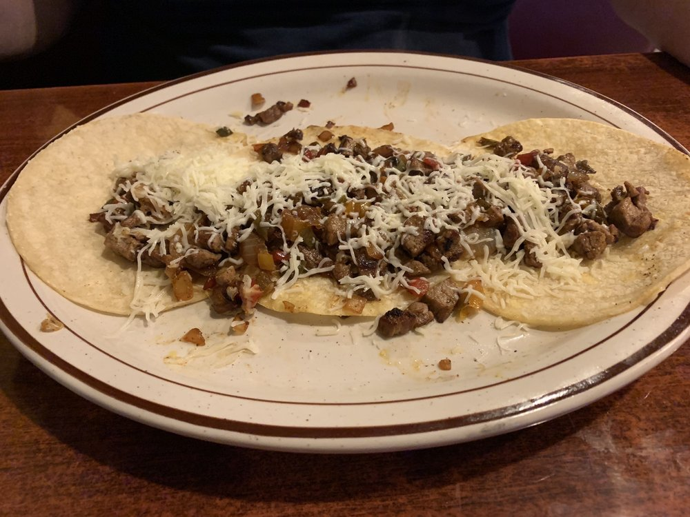 Coco Loco Mexican Restaurant: 6900 Hwy 613, Moss Point, MS