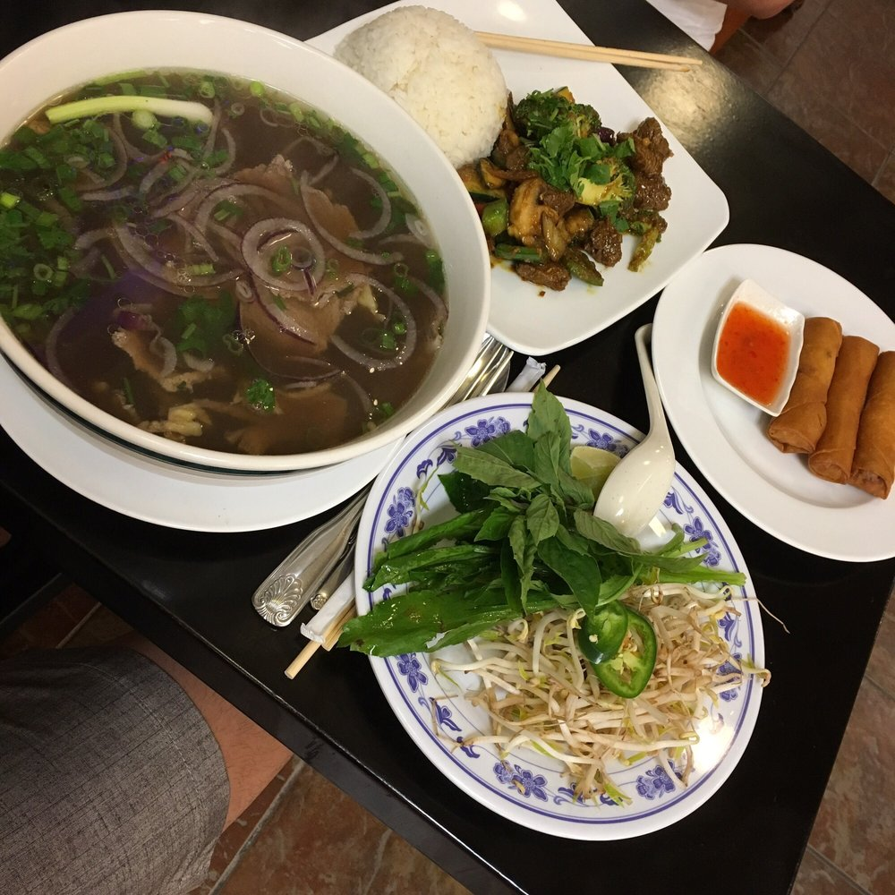 House Of Pho: 8261 S John Young Pkwy, Orlando, FL
