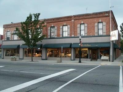 McMillin's Furniture: 1 S Main St, Yale, MI