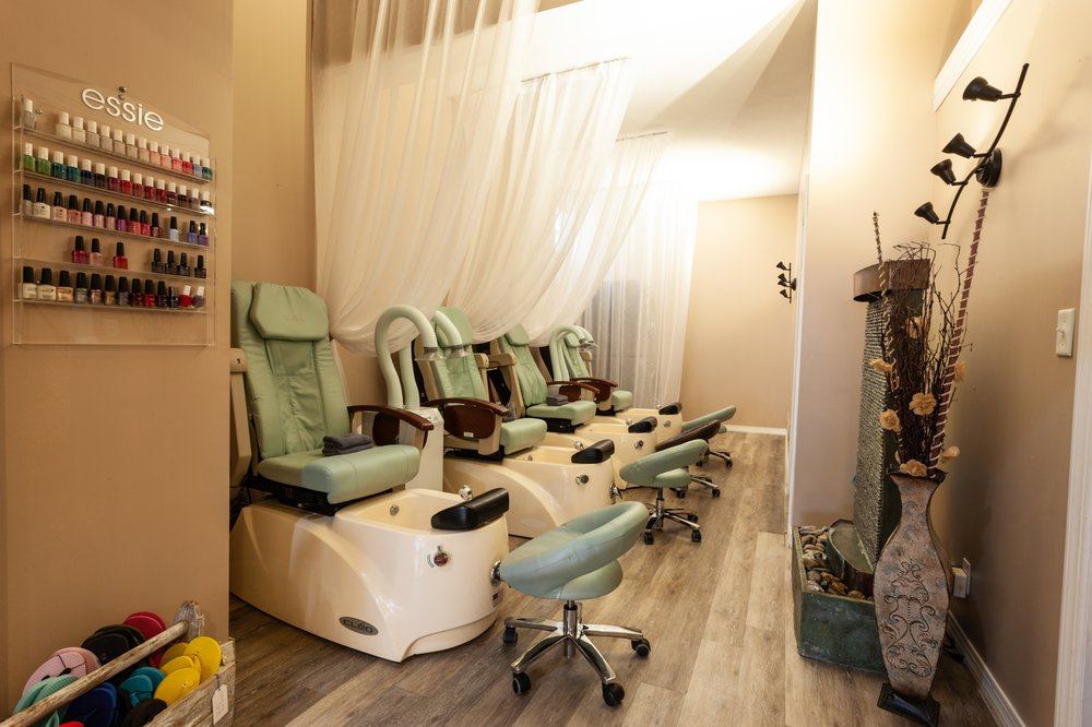 Lotus Salon & Spa: 29 Lebanon St, Hamilton, NY