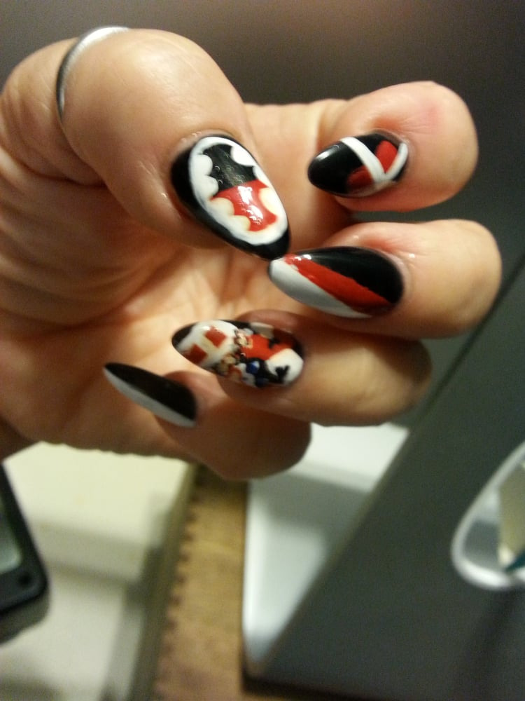 My holiday nails... I painted them but the shape and fill of these ...