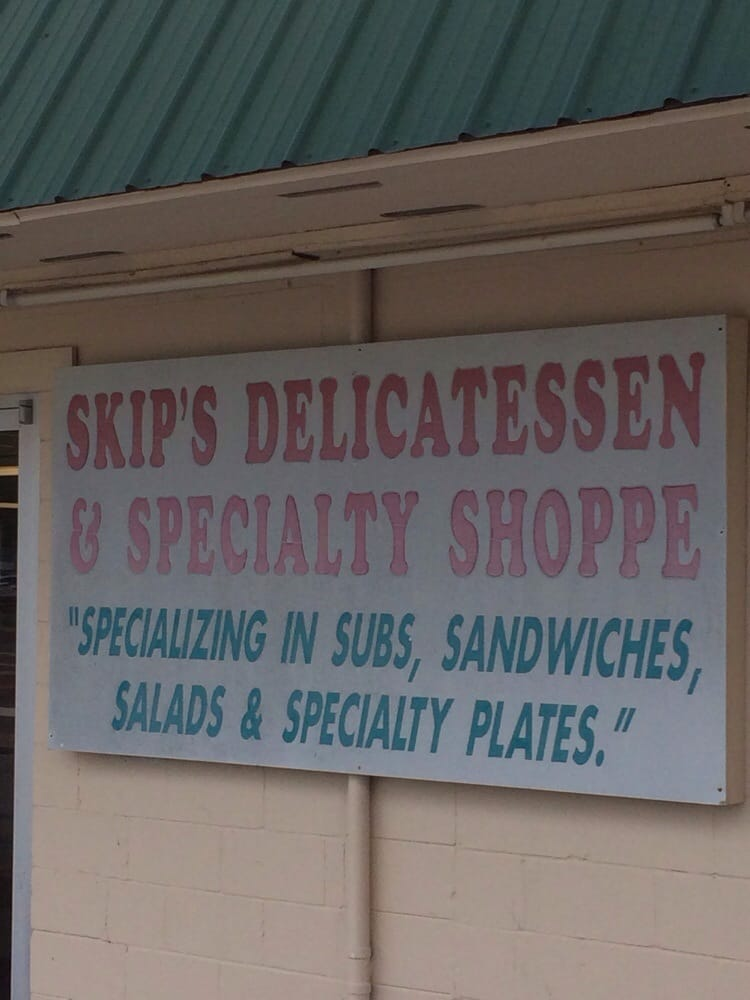 Skips Delicatessen & Speciality Shop: 125 SW 6th Ave, Lake Butler, FL