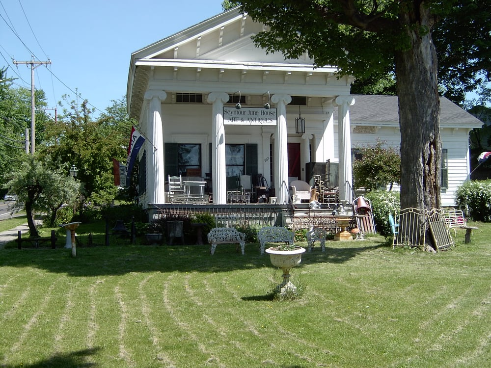 Seymour June House Art & Antiques: 203 S Manlius St, Fayetteville, NY