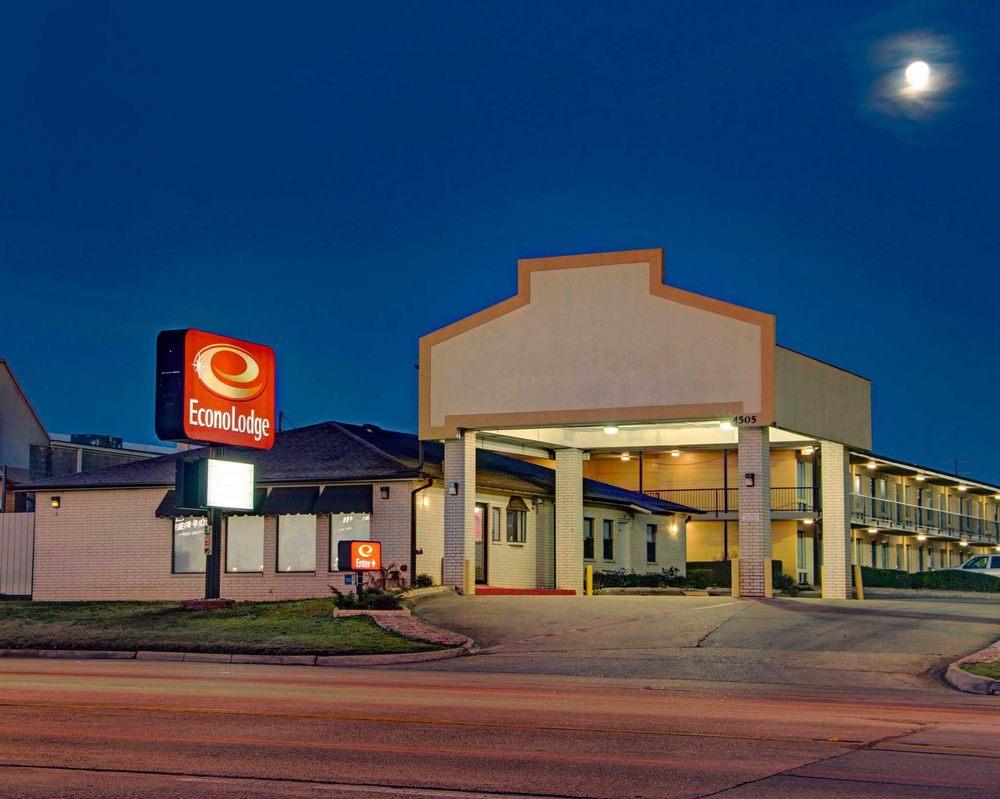 Econo Lodge: 4505 N Stateline Ave, Texarkana, TX