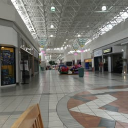 Reading Outlets. Our Reading outlet mall guide shows all the outlet malls in and around Reading, helping you discover the most convenient outlet shopping based on your location and travel plans.