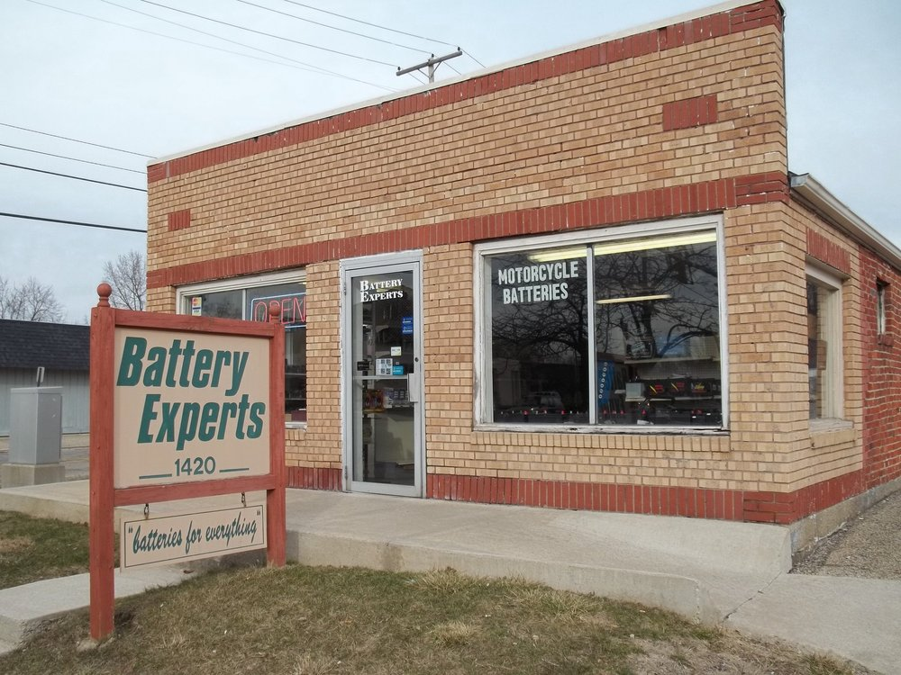 Battery Experts: 1420 Broadway St, North Anderson, IN