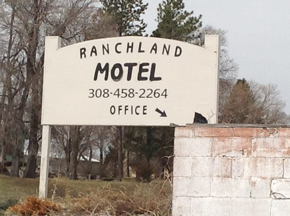 Ranchland Motel: 305 E Hwy 2, Hyannis, NE