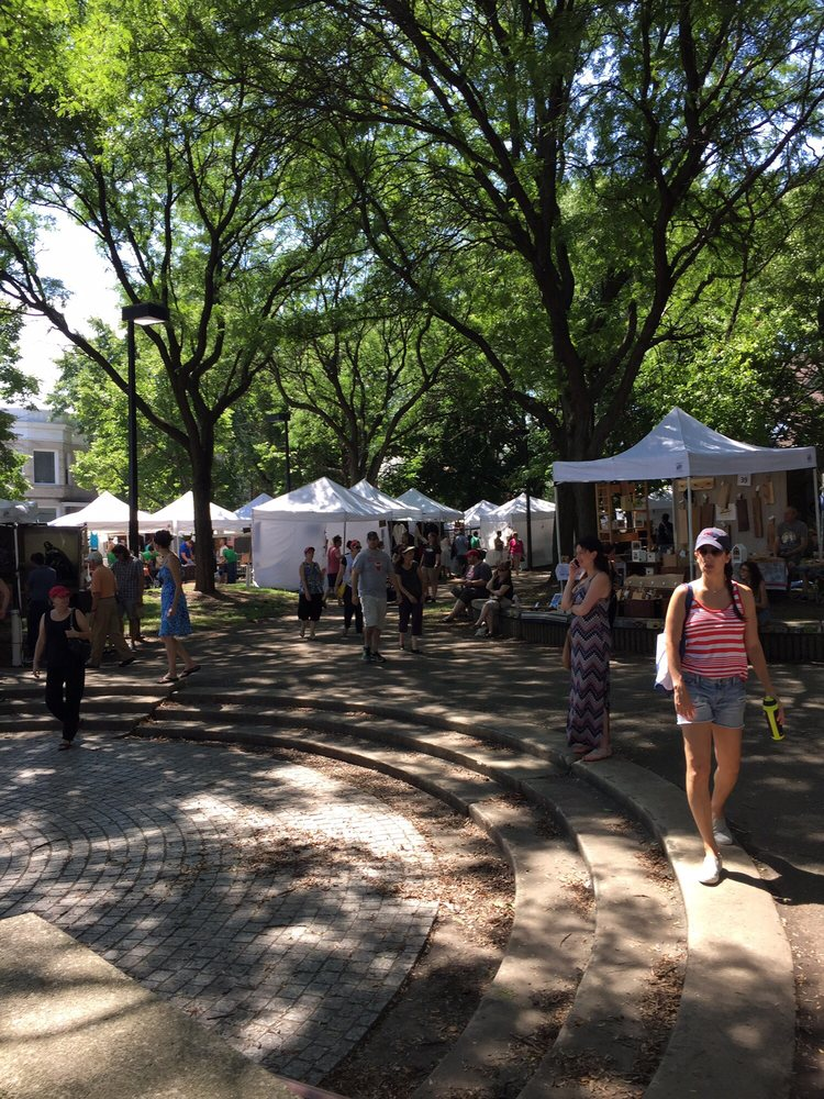Bucktown Arts Fest: 2200 N Oakley Ave, Chicago, IL