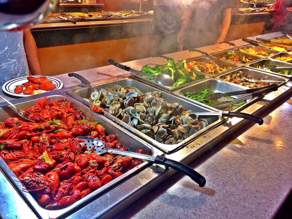 Crazy buffet 124 photos 138 reviews buffets 7038 w for Fish buffet near me